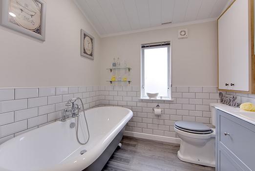 Mulberry-Bathroom